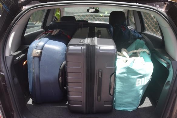 Omaisuus taas pakattuna seuraavaan kotiin